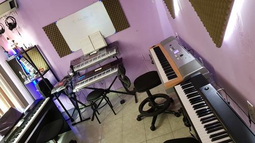clases de piano teclado canto guitarra batería