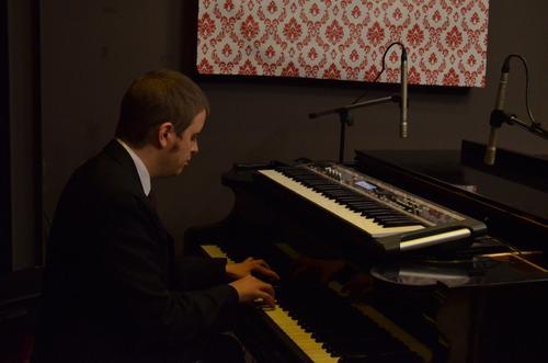 clases de piano teclado devoto v. del parque v. pueyrredon