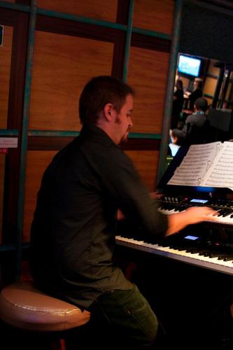 clases de piano teclado villa del parque y villa crespo