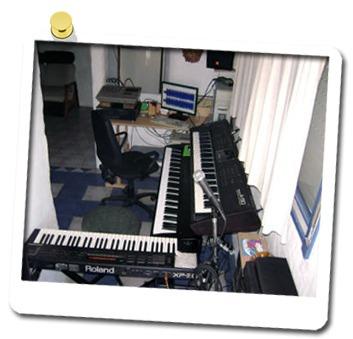 clases de piano y teclados profesor zona caballito liniers y