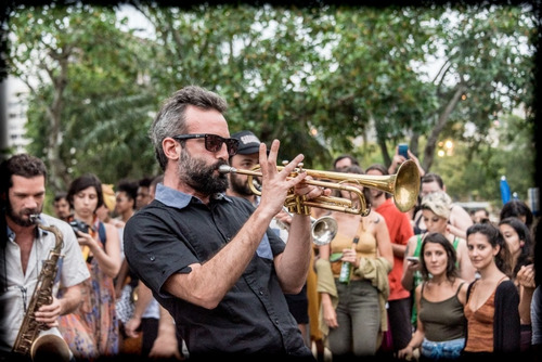 clases de trompeta-guitarra-cavaquinho-solfeo