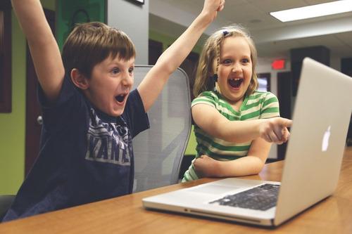 clases en linea, ayuda de tareas niños jovenes y adultos