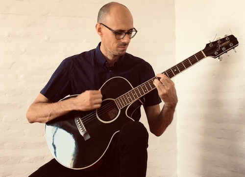 clases guitarra - bajo - ukelele online