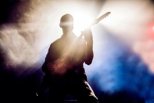 clases guitarra eléctrica & criolla  presencial & online