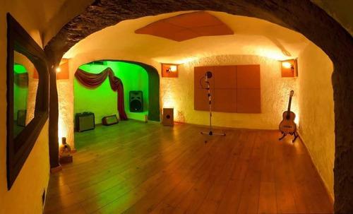 clases música canto guitarra ukelele en estudio grabación