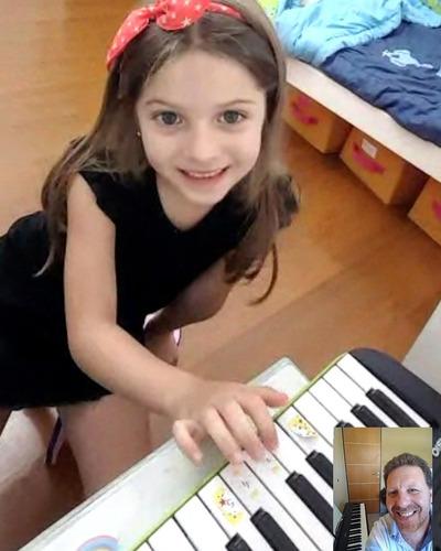 clases online y presenciales piano teclado organo profesor