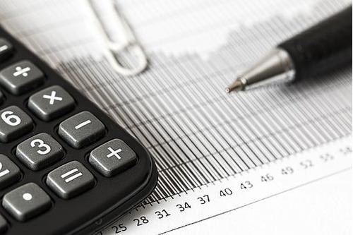 clases particulares estadística microeconomía macroeconomía