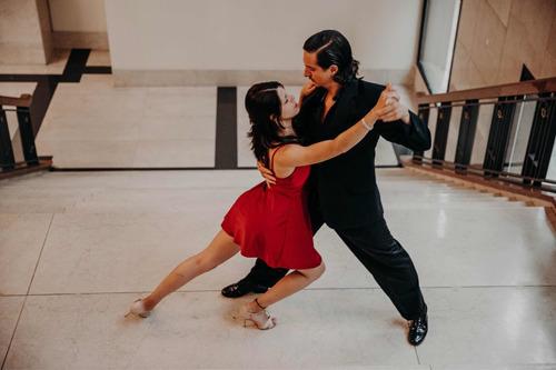 clases particulares tango, salsa, bachata, plena,cumbia,show