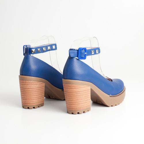 clasico de cuero. art ella c/p azul. otro calzado.