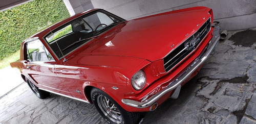 clásico ford mustang 1965