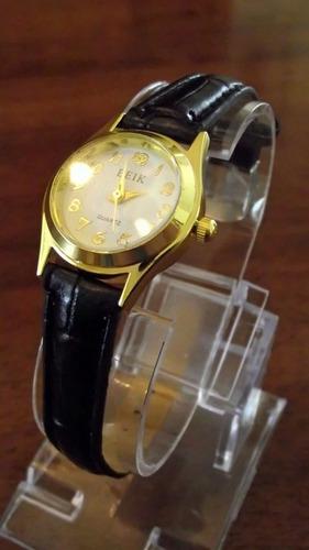 clásico pulsera reloj mujer