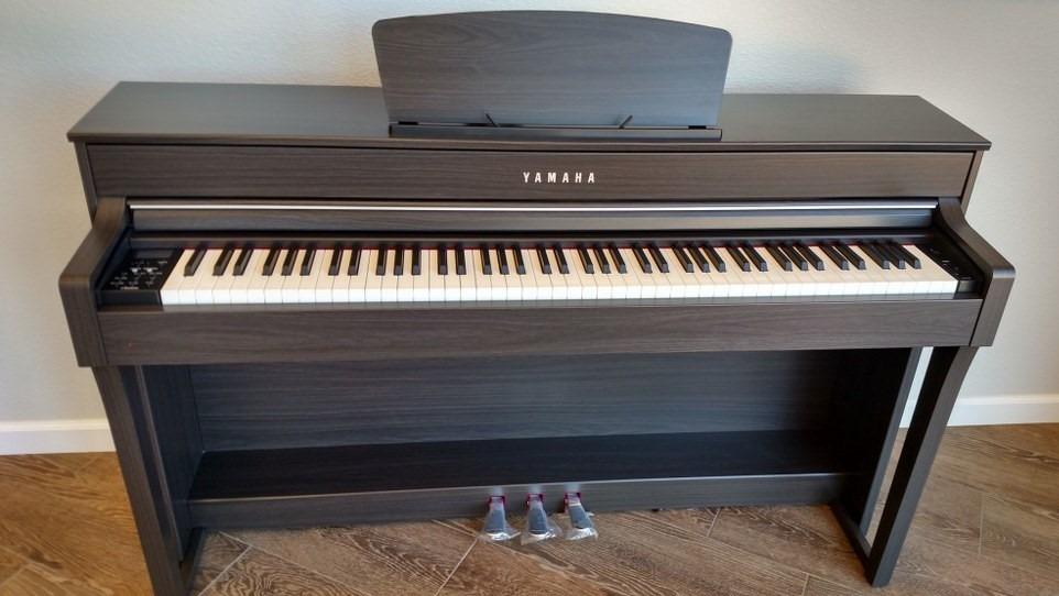 clavinova yamaha piano digital clp 635r s en mercado libre. Black Bedroom Furniture Sets. Home Design Ideas