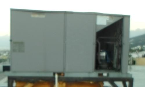 clima central,marca carrier,con capacidad de 25 toneladas