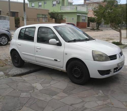 clio 2008 - pelotas/rs