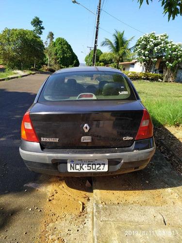 clio sedan 2004 - 1.0 16v privilége - gasolina