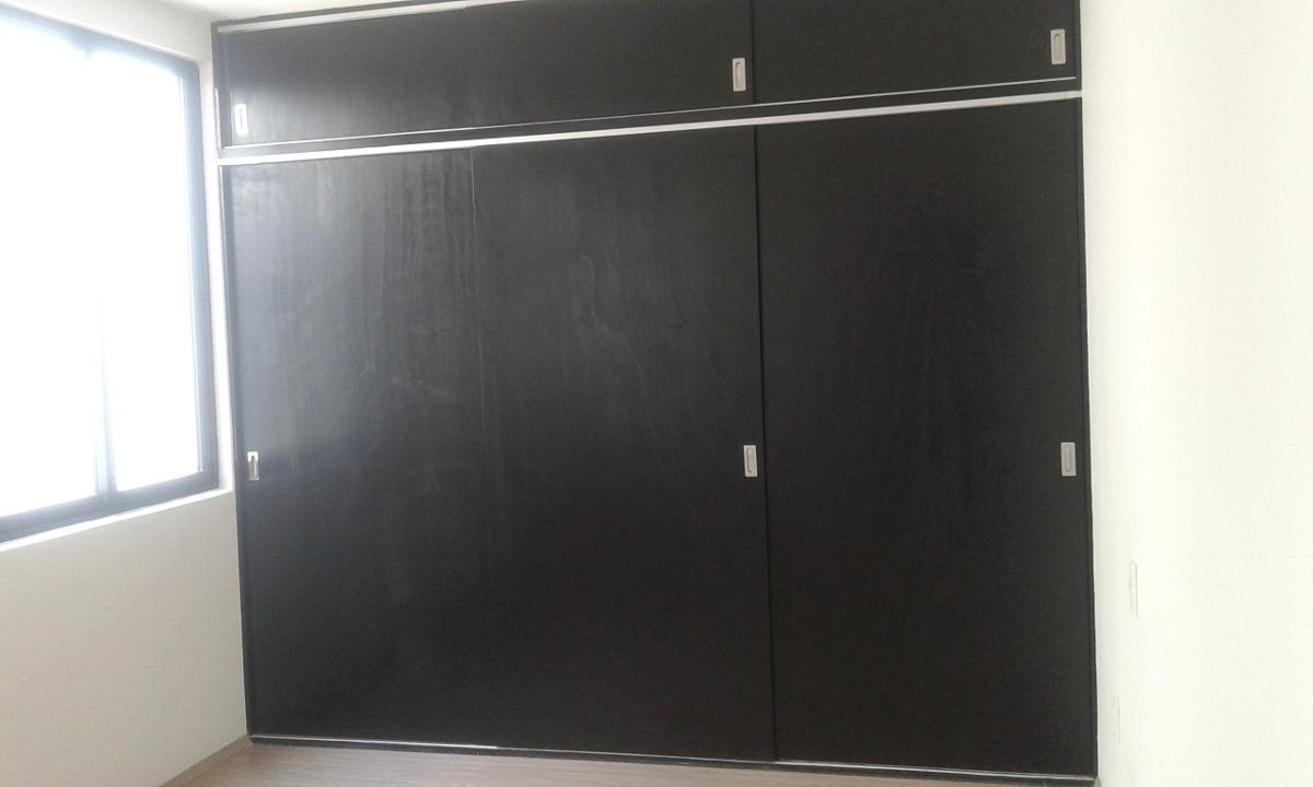 Closet de madera 8 en mercado libre for Modelos de puertas para closet