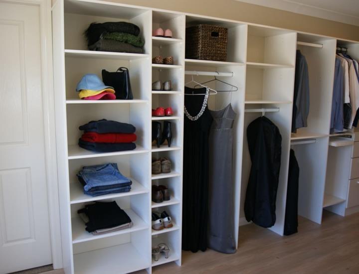 Closet de melamine a1 modernos dise o personalizado for Closet en escaleras
