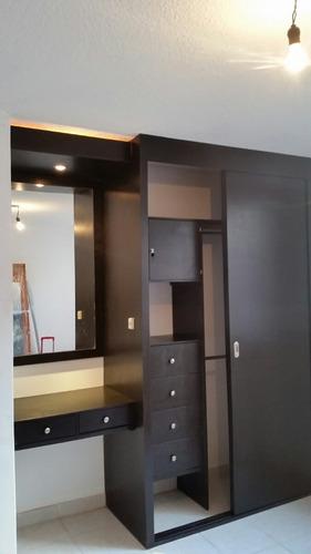 Closet sobre medida hasta de largo x alt for Medidas closets modernos