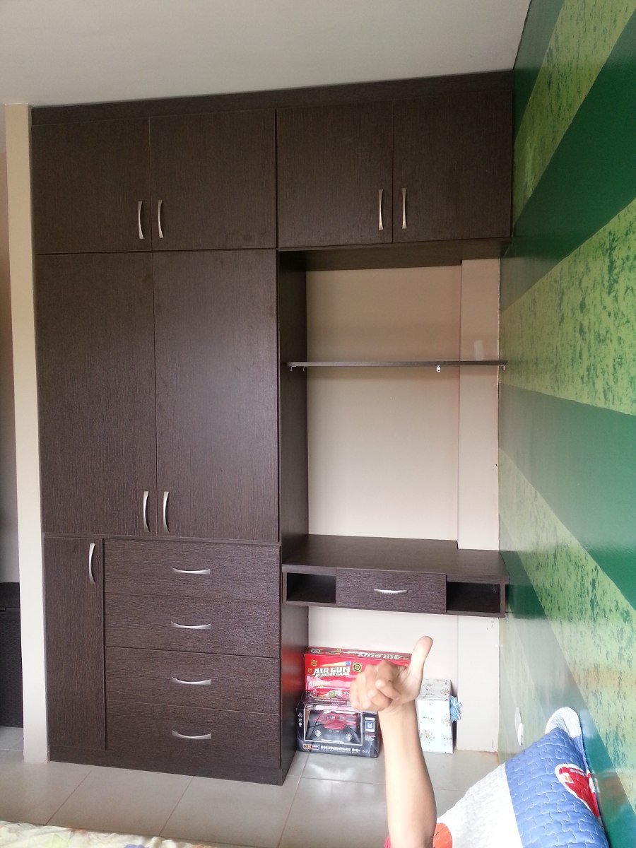 Closets de madera modernos best closets bedroom closet for Closet para recamaras modernas