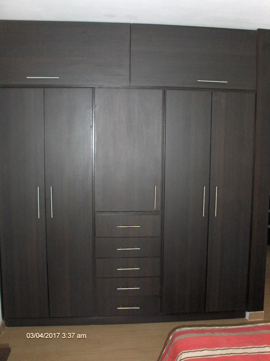 Closets de madera melaminica bs 1 50 en mercado libre for Valor closet en madera