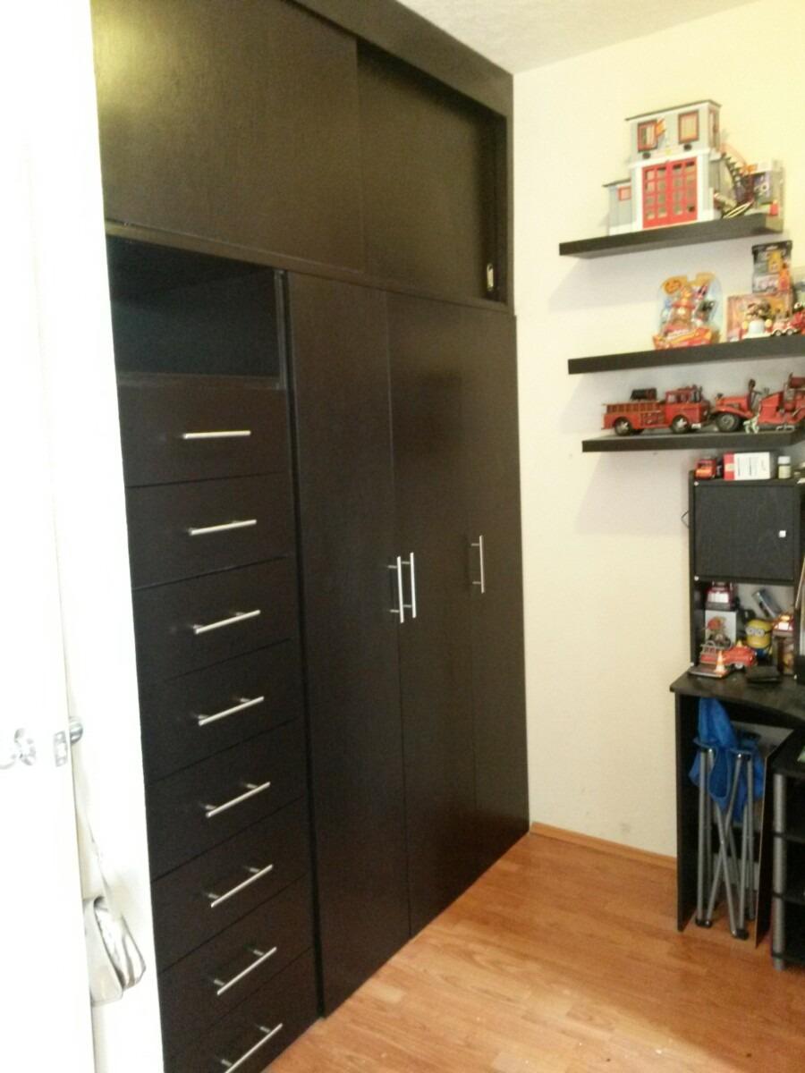 Closets sobre medida y sobre dise o instalados 3 700 for Disenos de zapateras para closet