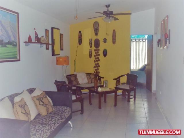 cm 17-11313 casas en venta mucuchies, guatire, castillejo
