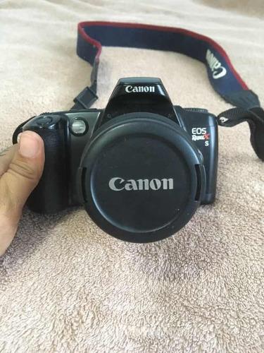 câmera analógica canon funcionando