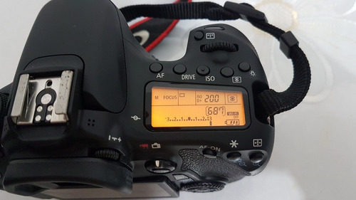 câmera canon eos dslr 70d 20.2 megapixels