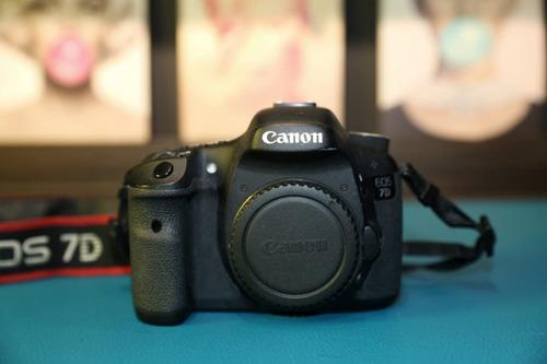 câmera digital crop aps-c canon eos 7d (corpo)