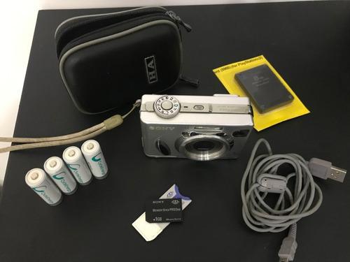 câmera digital sony w7