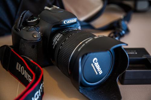 câmera fotografica eos t3i