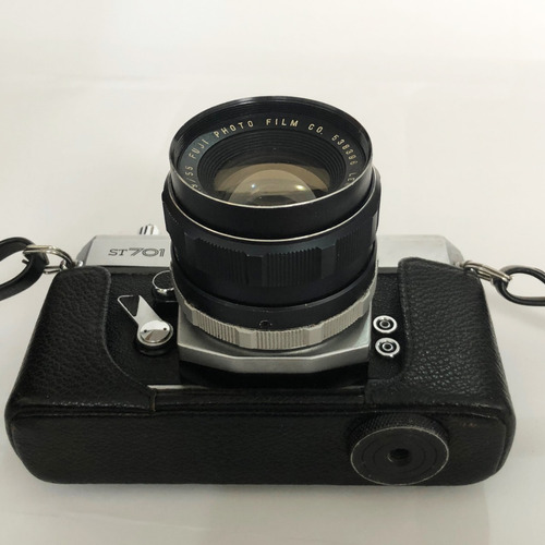câmera fujica st701 analógica antiga excelente estado c/capa