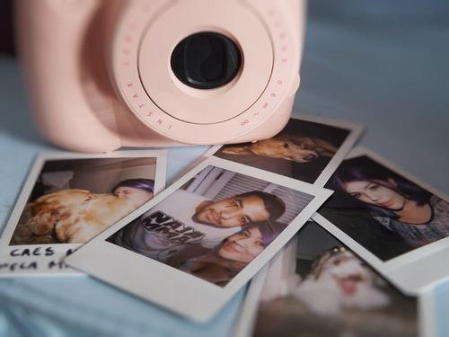 câmera instantânea instax mini rosa 8 + 60 filmes