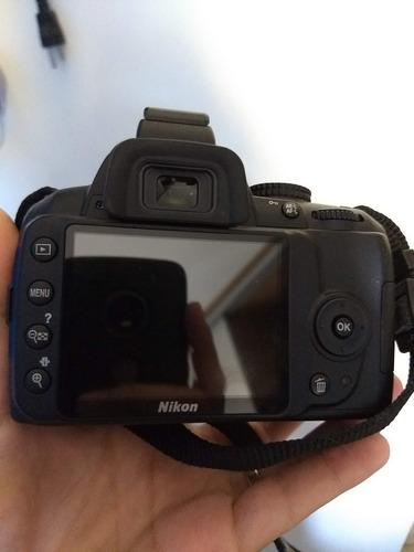 câmera nikon d3000 com lentes