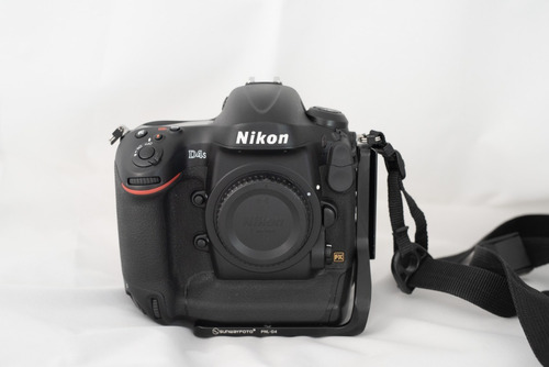 câmera nikon d4s 16mp - dslr full frame -  65.000 cliques