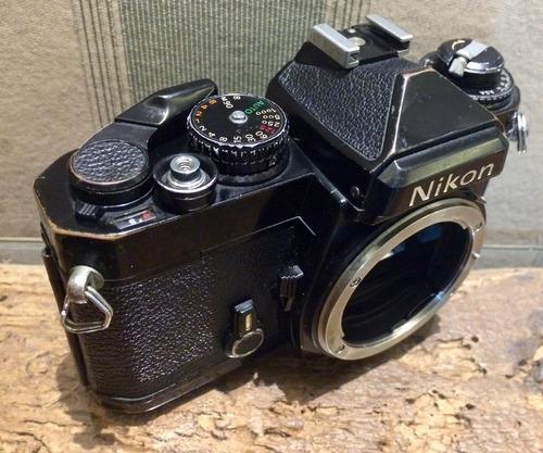 câmera nikon fe analógica 35mm revisada regulada excelente