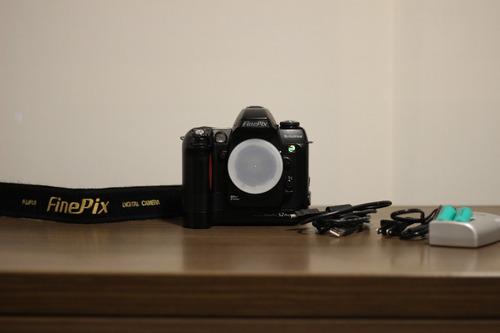 câmera profissional fujifilm finepix s2 pro