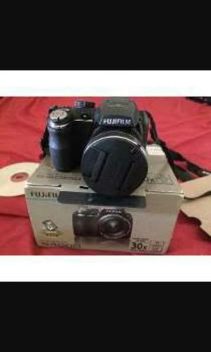 câmera semi profissional fuljifilmi. s4000 super nova