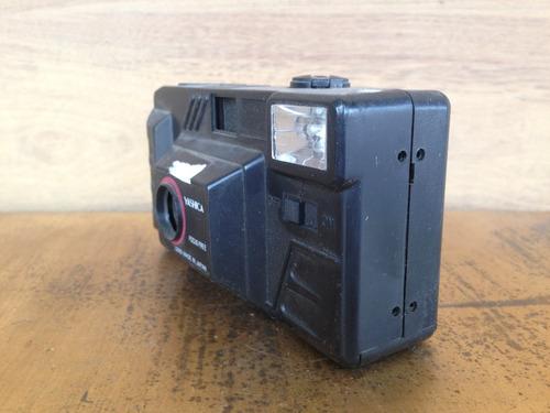 câmera yashica (0100)