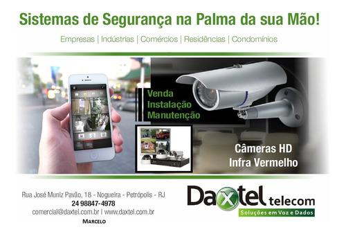 câmeras de monitoramento, alarmes, porteiros eletrônicos