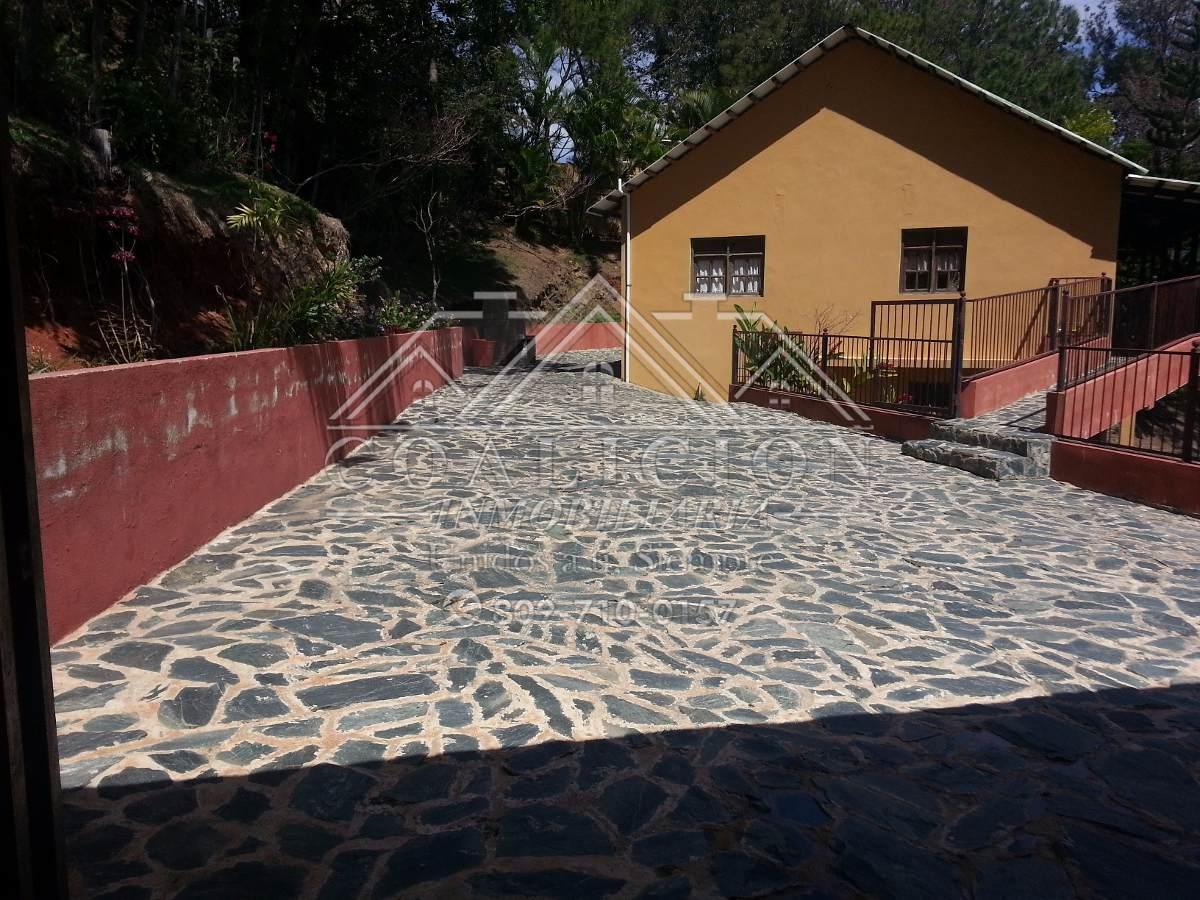 coalición renta villa en jarabacoa 12 personas amueblada-