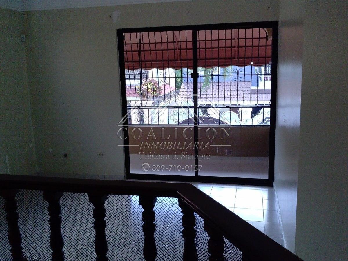 coalición  vende casa grande con jacuzzi en gurabo 380m2-