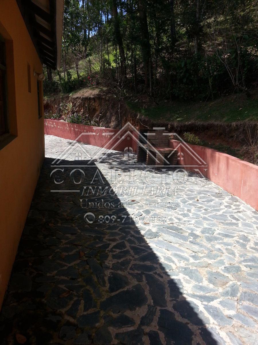coalición vende villa en jarabacoa 11 tareas con vista-