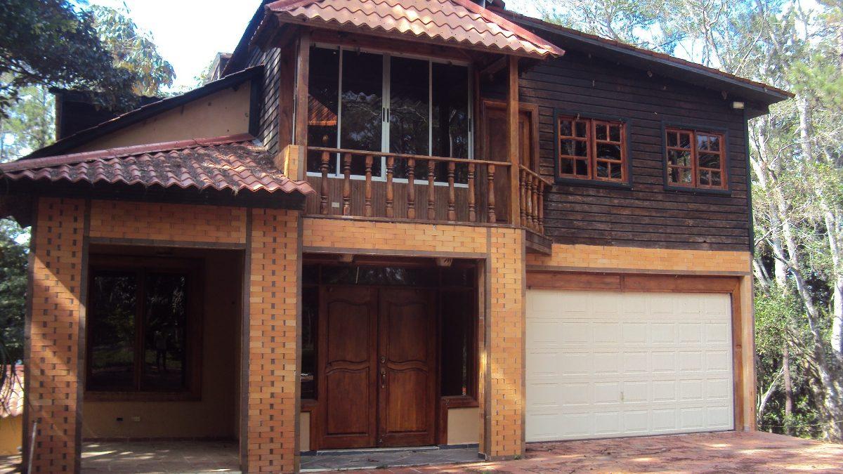 coalición vende villa en jarabacoa piscina y jacuzzi #1