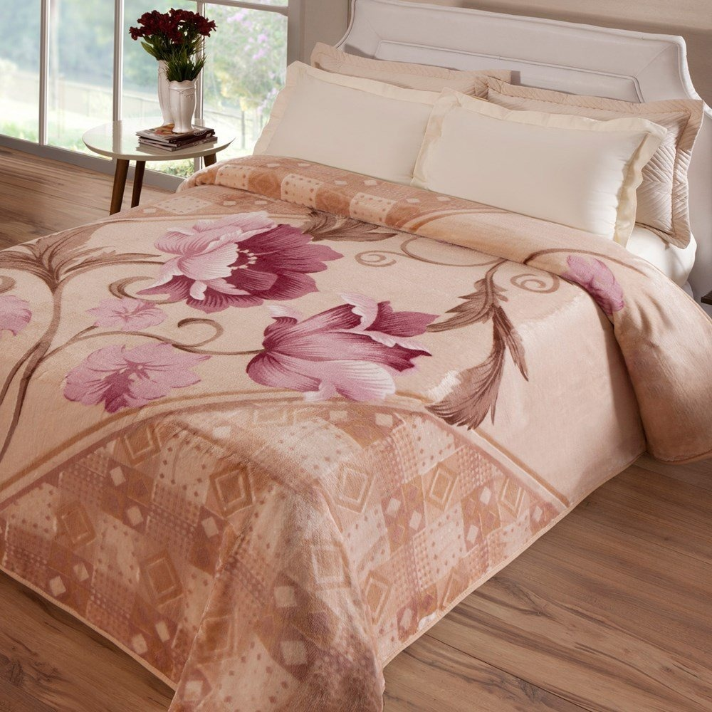ee24d759c Cobertor Jolitex Casal Bege Floral 1,80x2,20m Antialérgico - R$ 119,90 em  Mercado Livre