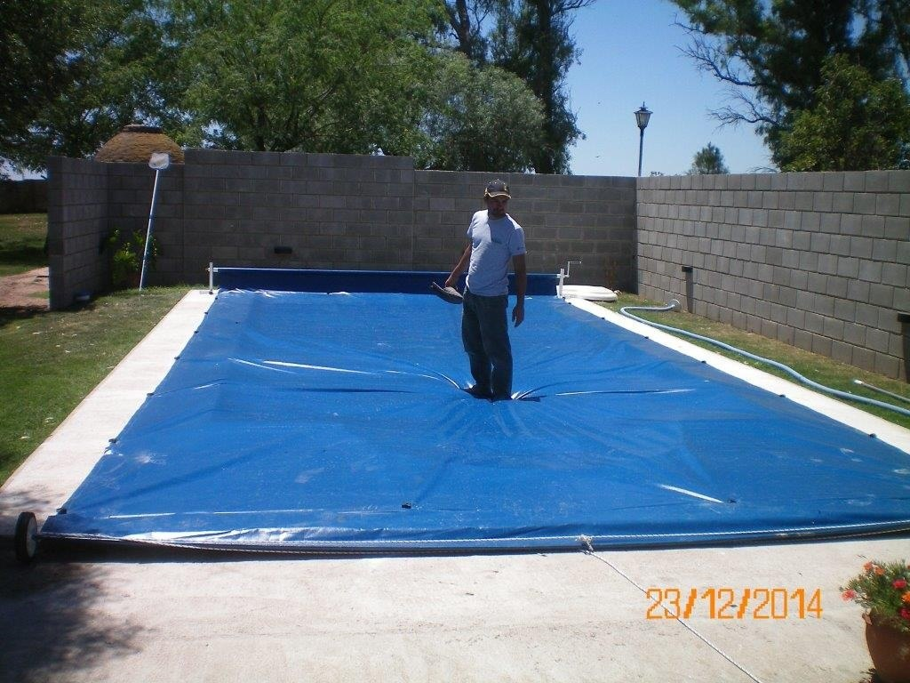 Lona para cubrir piscina amazing por qu utilizar lonas para piscinas with lona para cubrir - Cubre piscinas precios ...