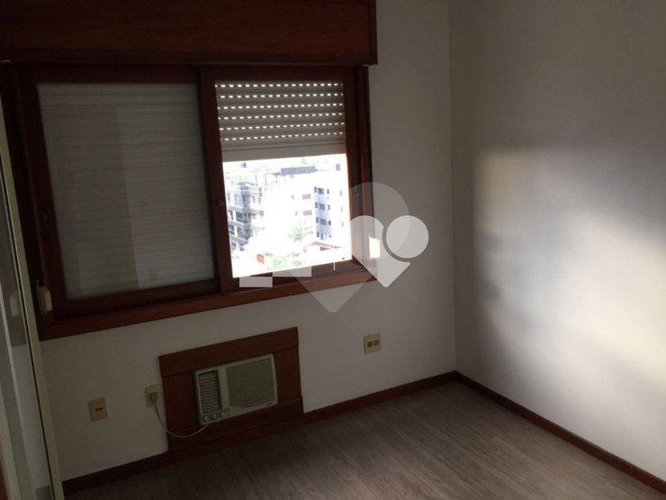 cobertura com 3 dormitórios e 3 vagas separadas - 28-im420504