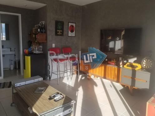 cobertura duplex, 2 quartos com vaga no humaitá. - 16355