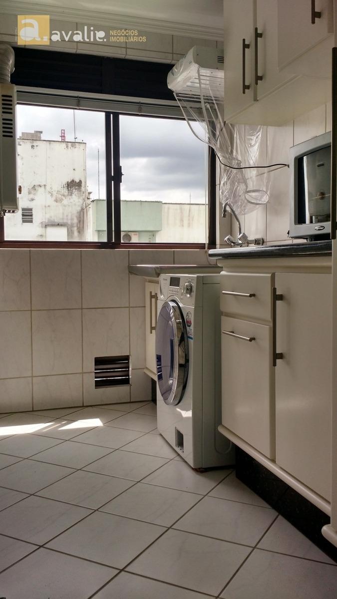 cobertura duplex mobiliada na vila nova. 3 dormitórios sendo 2 suítes, closet, banheira de hidro, aquecimento a gás, banheiro social, sala, cozinha, área de serviço, ótima posição solar. terraço com