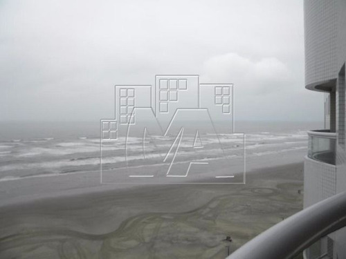 cobertura frente ao mar 3 suítes